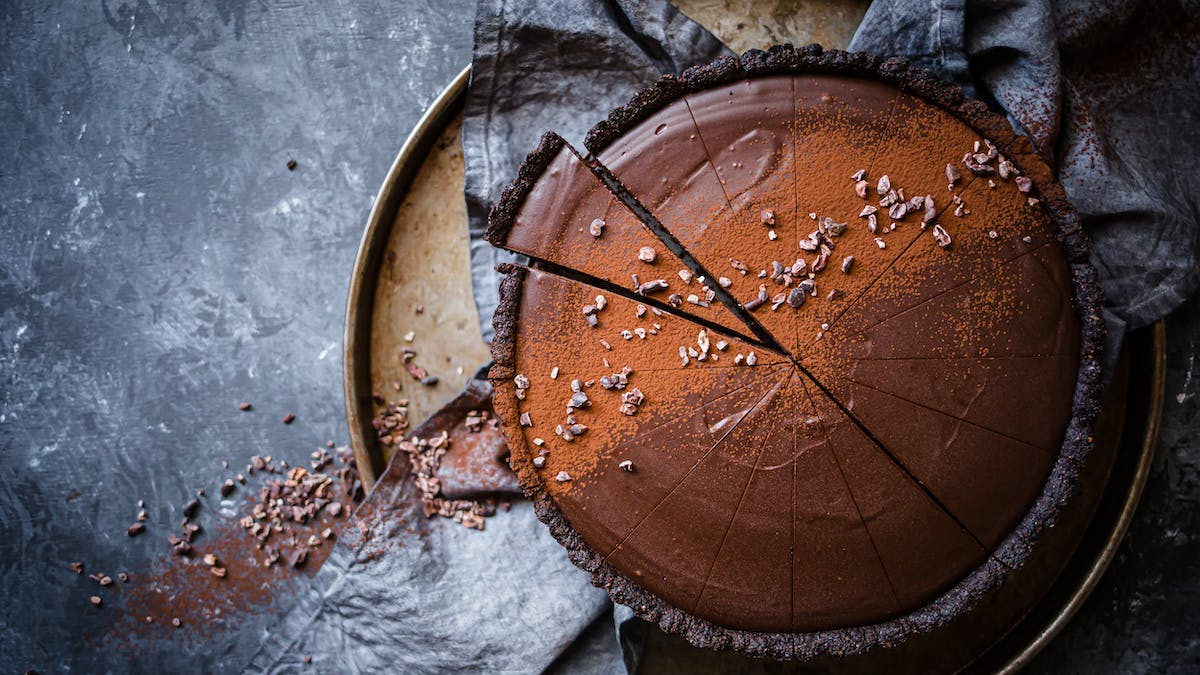 Low-carb vegan chocolate ganache tart