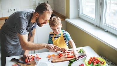 在冠状病毒检疫期间低碳水化合物烹饪