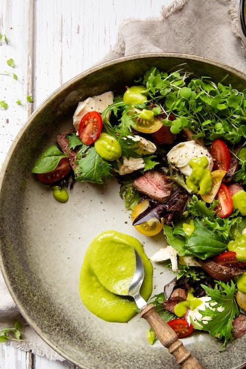 Keto beef salad with mozzarella and tomato
