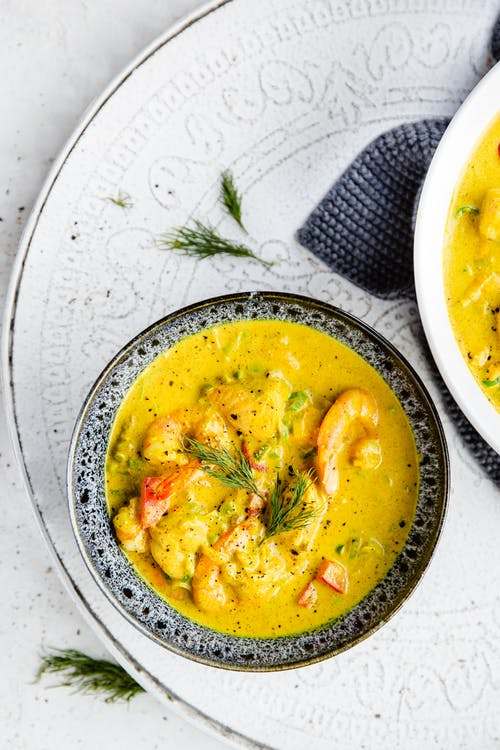Low-carb seafood chowder with curry