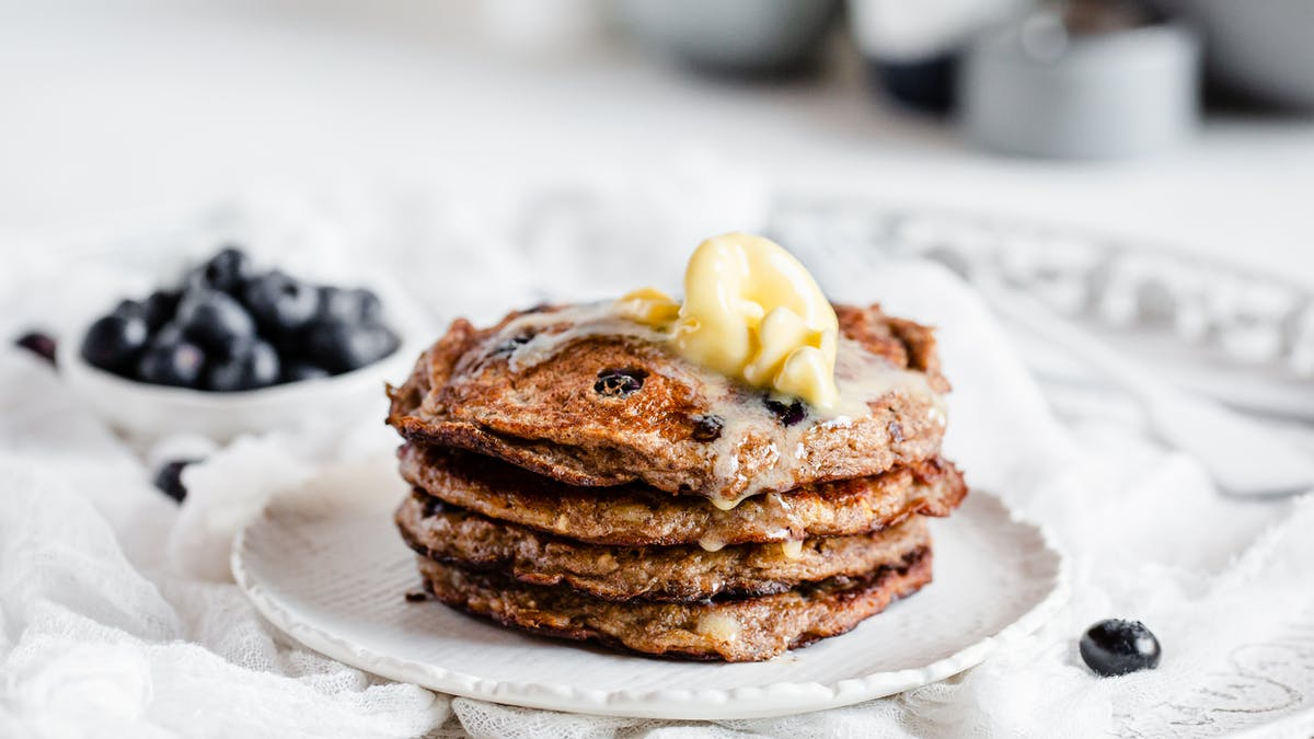 Low-carb and keto pancakes