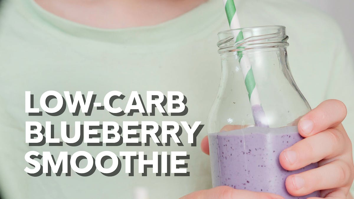 Cooking video: Low-carb blueberry smoothie