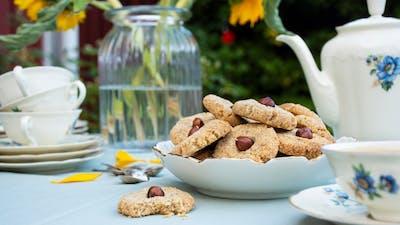 Quick Swedish keto hazelnut cookies