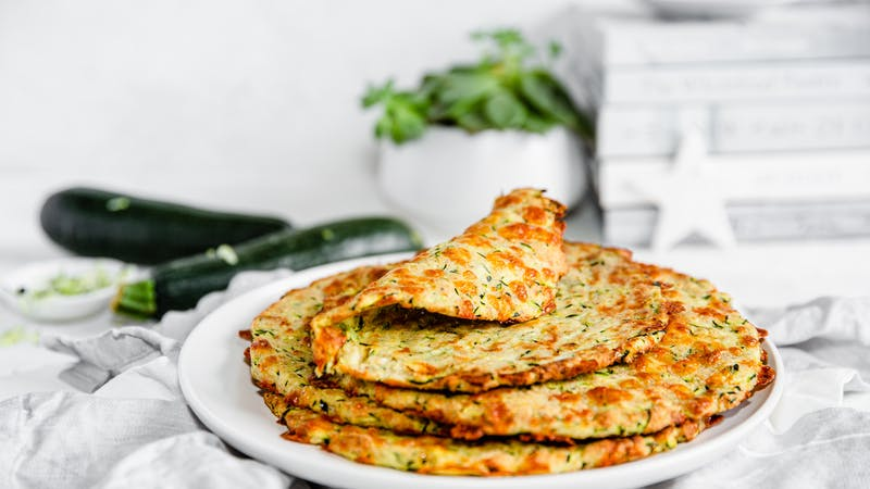 Low-carb zucchini tortillas