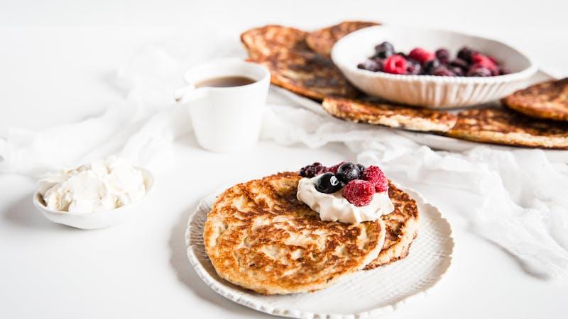 Egg-free vegan low-carb almond pancakes