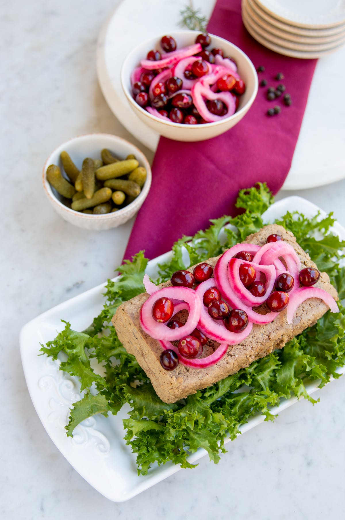 Low-carb Christmas pâté with cranberry pickled red onions