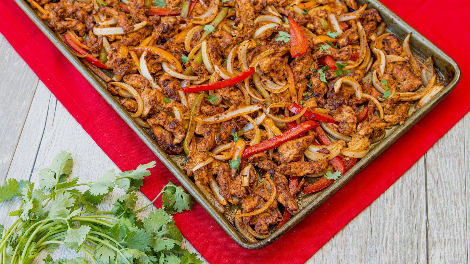 Quick & Easy Sheet Pan Fajitas – Recipe – Diet Doctor