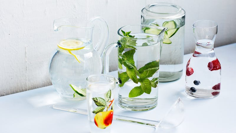 flavored-water-on-a-keto-diet