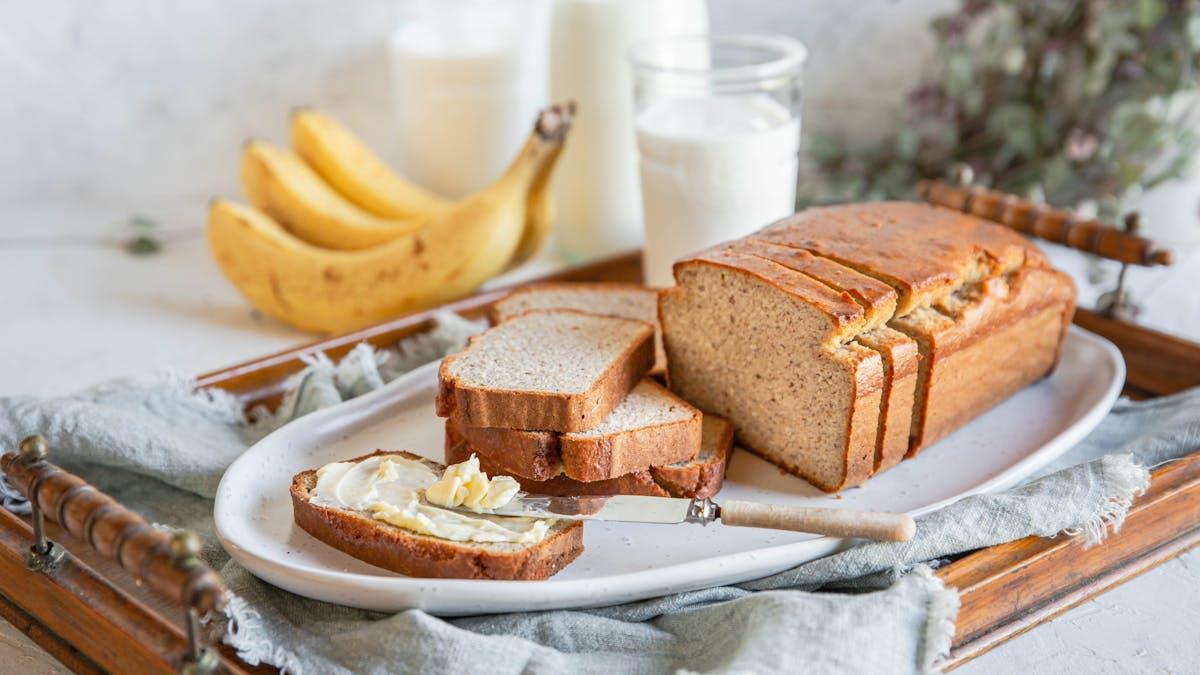 Low-carb banana bread