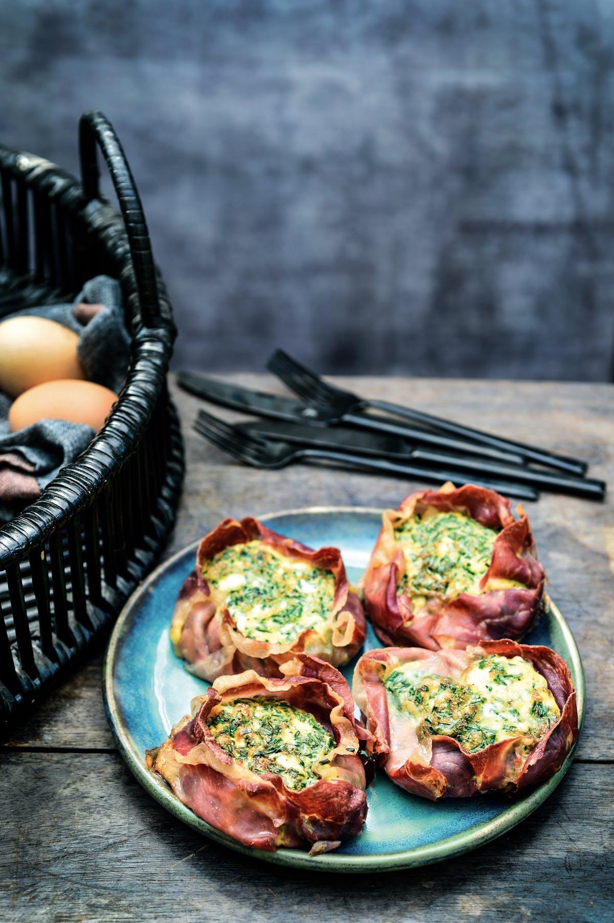 Keto mini-quiche with ham