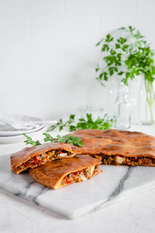 Low-carb Spanish tuna pie (empanada gallega)