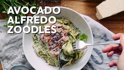 Avocado alfredo zoodles