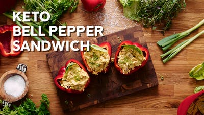 Keto chicken curry bell-pepper sandwich