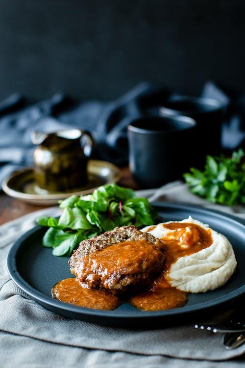 Low-carb Salisbury steak with quick mash