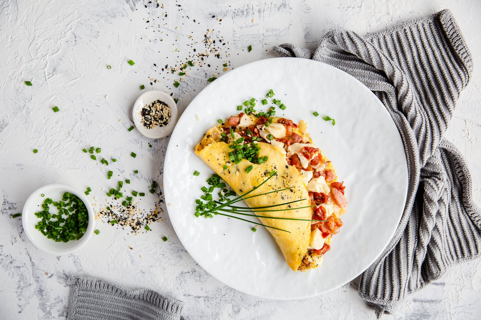 Everything But The Bagel Omelet – High Protein Recipe – Diet Doctor