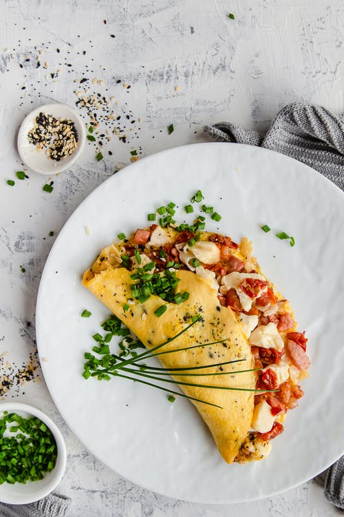 Everything but the bagel omelet