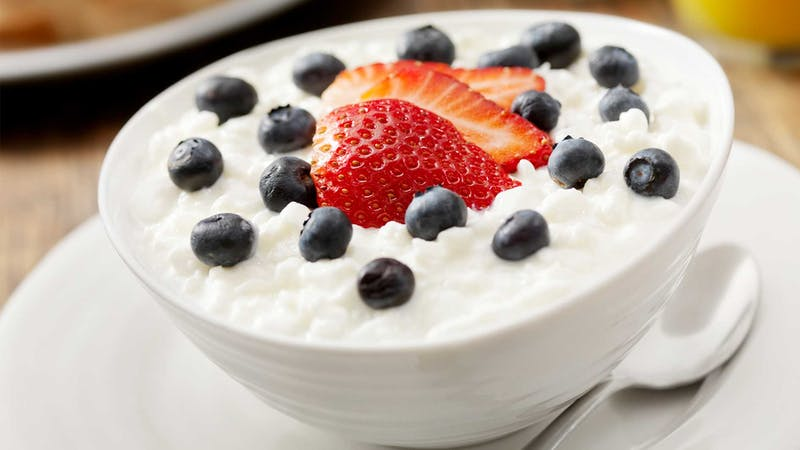 high-protein-breakfast-cottage-cheese