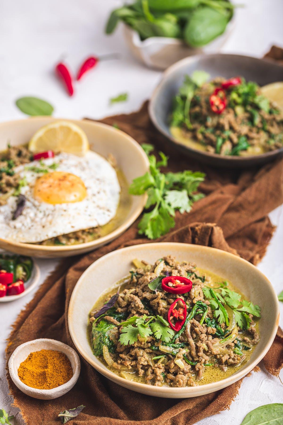Quick keto curry bowl