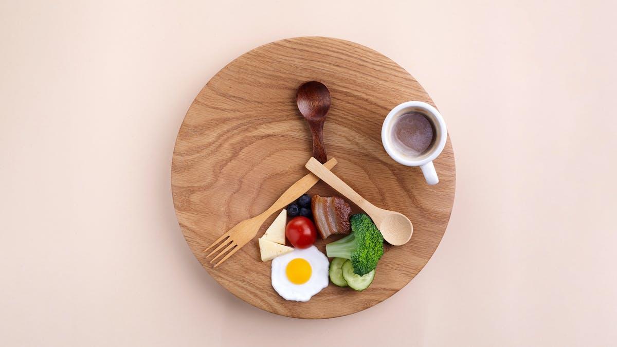 سالم-کاهش وزن-ناپیوسته-ناشتا