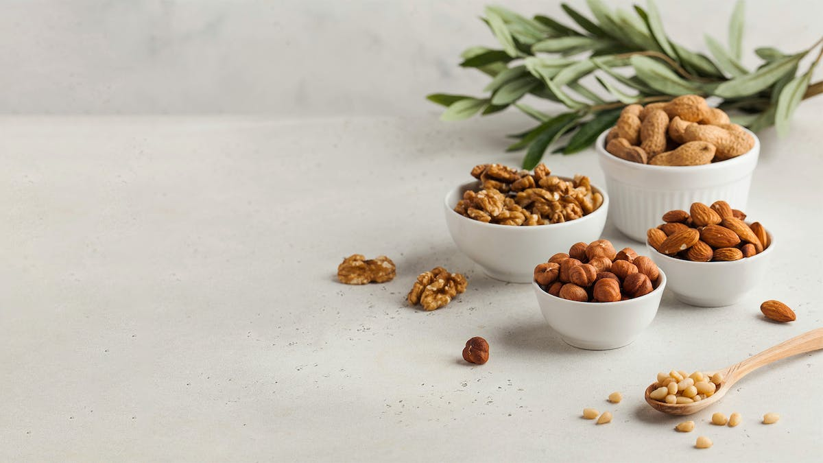 Keto nuts – the best and the worst